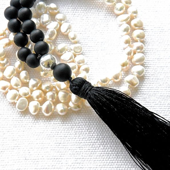 Charity Necklace – Matt Onyx & Pearls & Sterling Silver details
